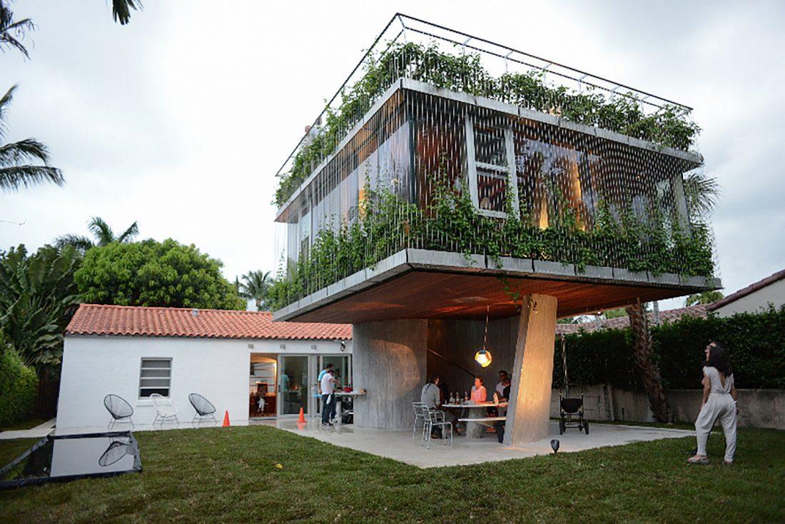 Дом Sun Path House в солнечном Майами Бич, США по проекту Christian Wassmann 3