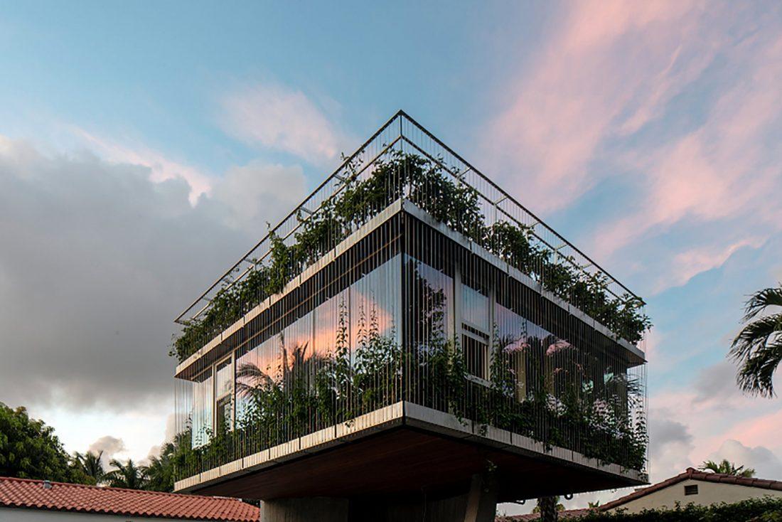 Дом Sun Path House в солнечном Майами Бич, США по проекту Christian Wassmann 5
