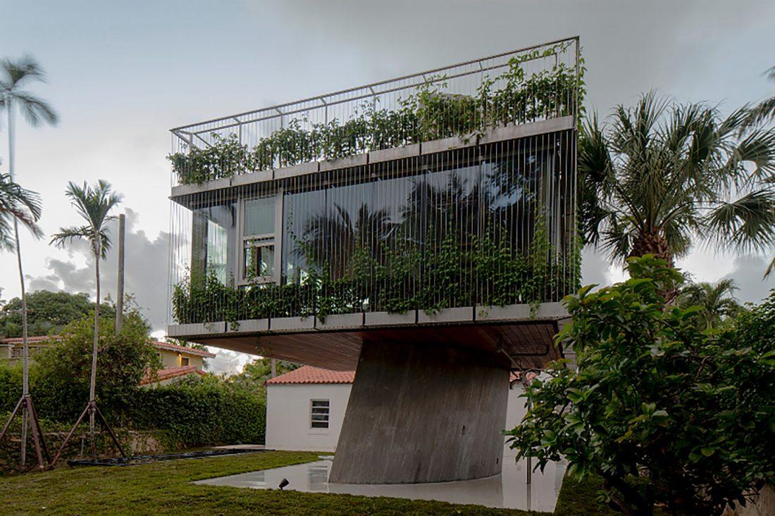 Дом Sun Path House в солнечном Майами Бич, США по проекту Christian Wassmann 6