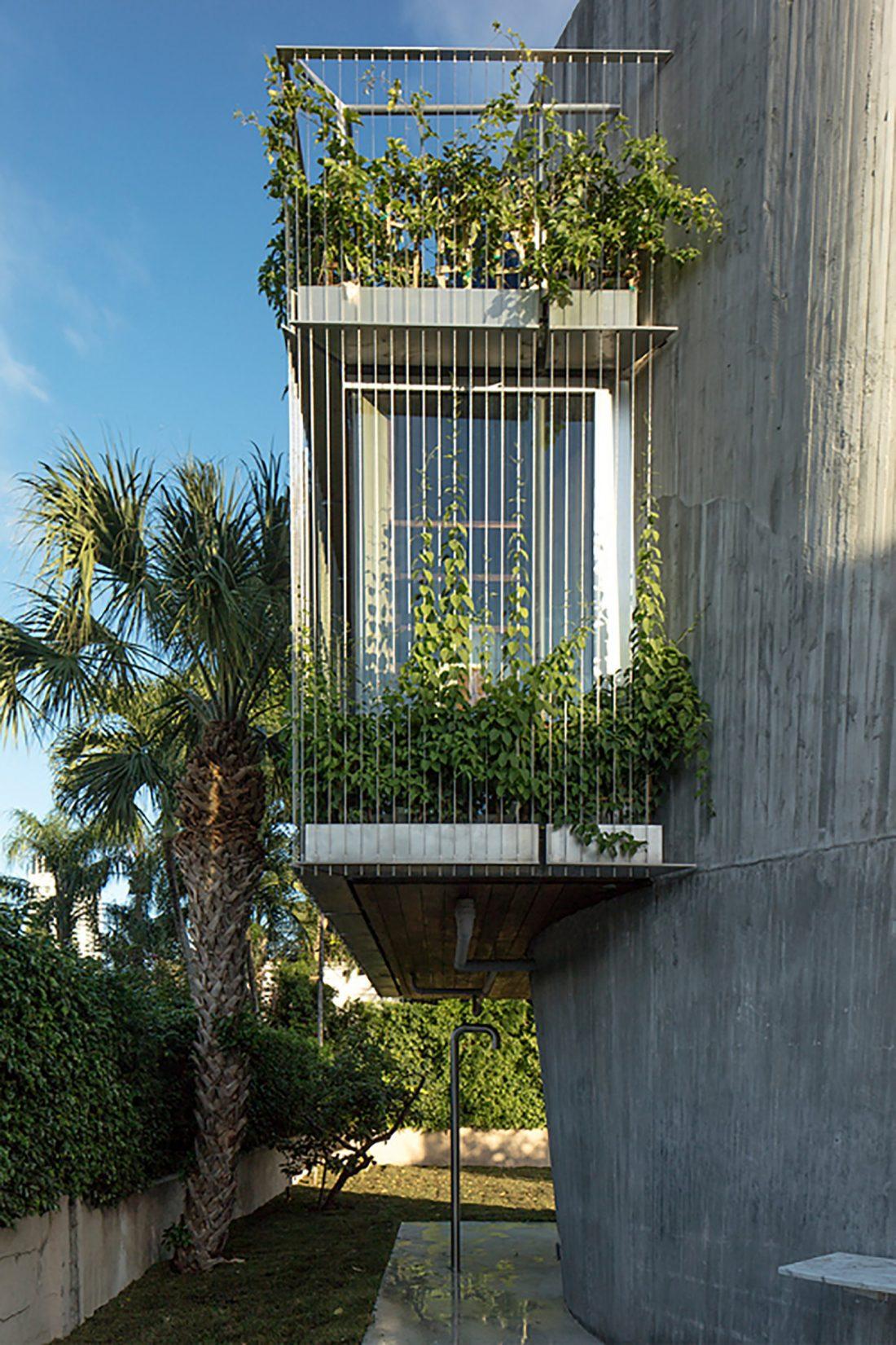 Дом Sun Path House в солнечном Майами Бич, США по проекту Christian Wassmann 9