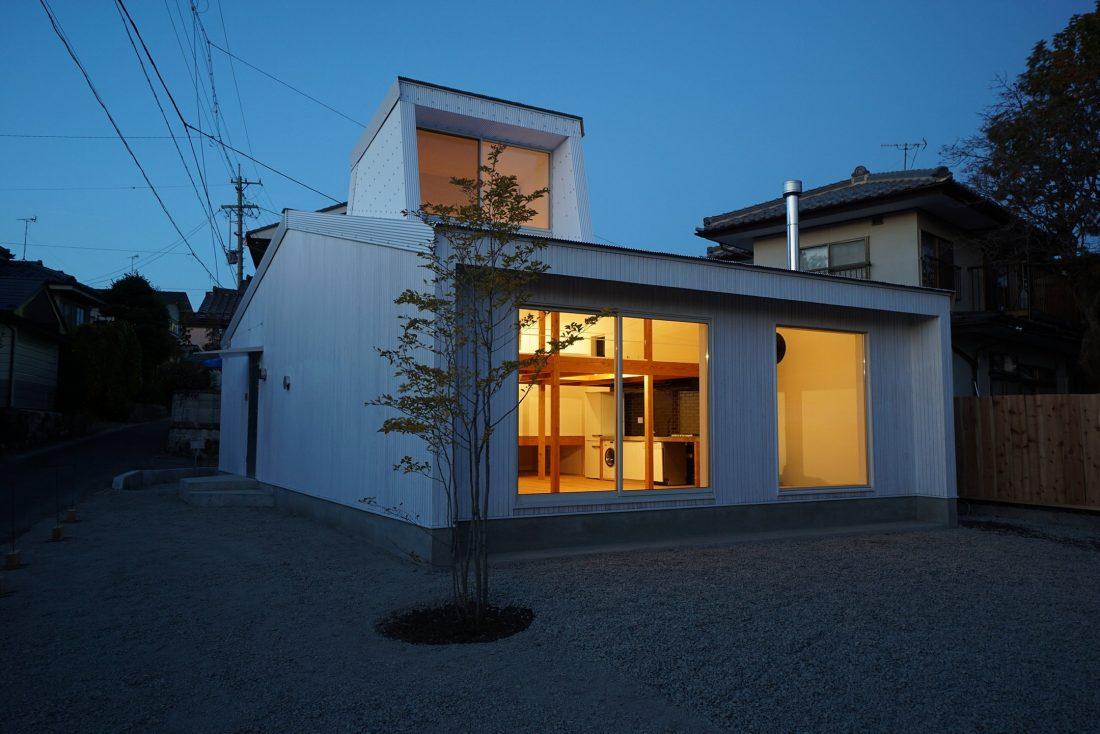 Дом под названием Pettanco в Японии от студии Yuji Tanabe Architects 1