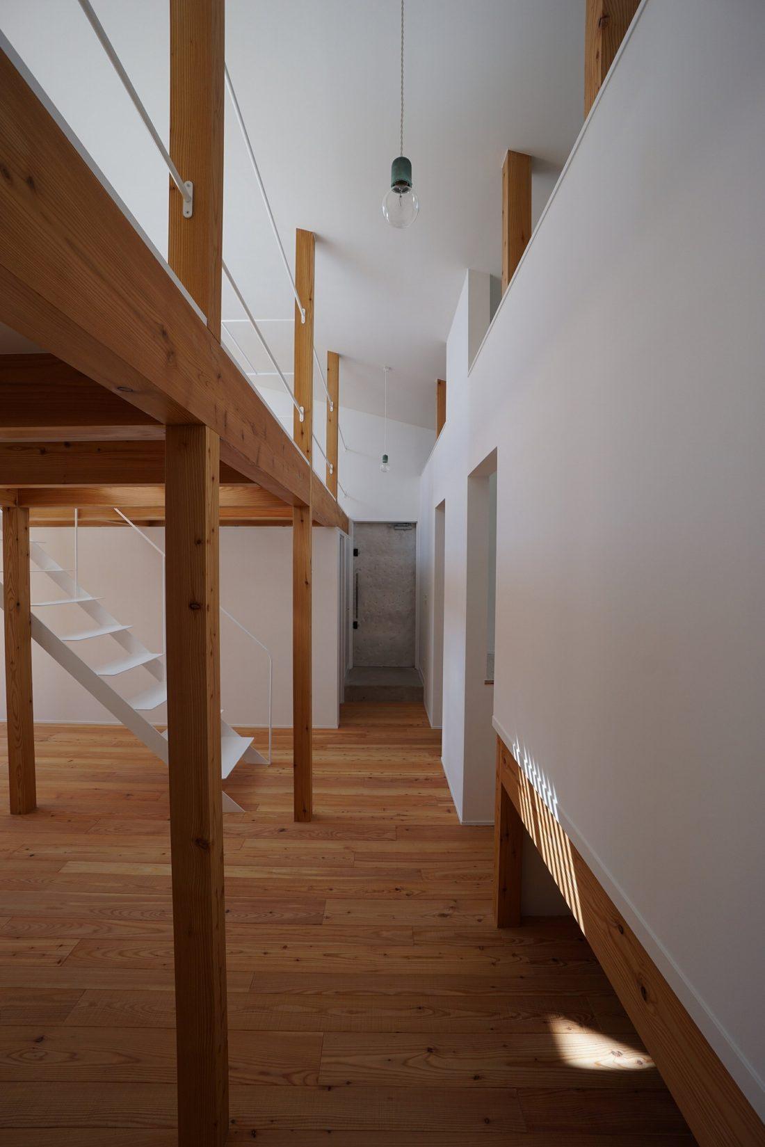 Дом под названием Pettanco в Японии от студии Yuji Tanabe Architects 10