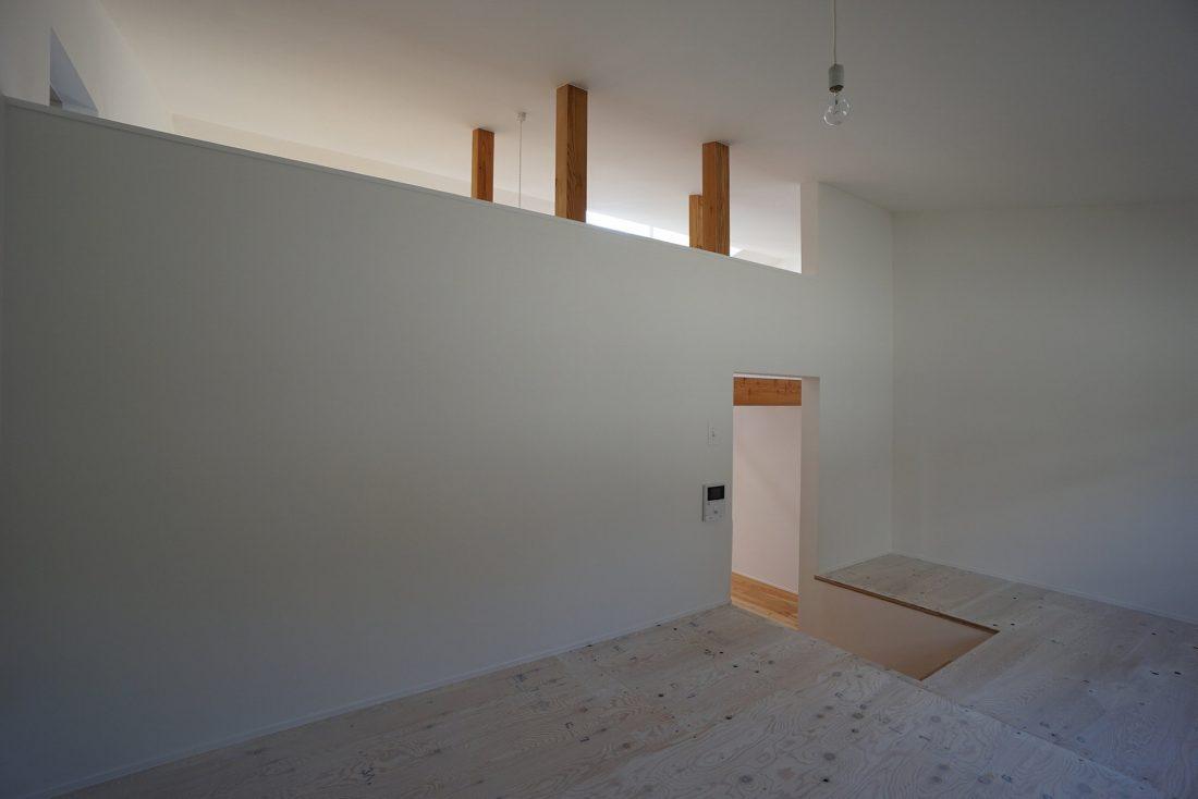 Дом под названием Pettanco в Японии от студии Yuji Tanabe Architects 13