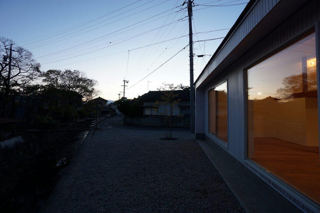 Дом под названием Pettanco в Японии от студии Yuji Tanabe Architects 2