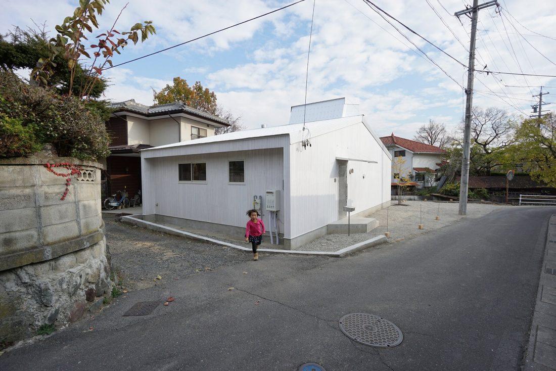 Дом под названием Pettanco в Японии от студии Yuji Tanabe Architects 22