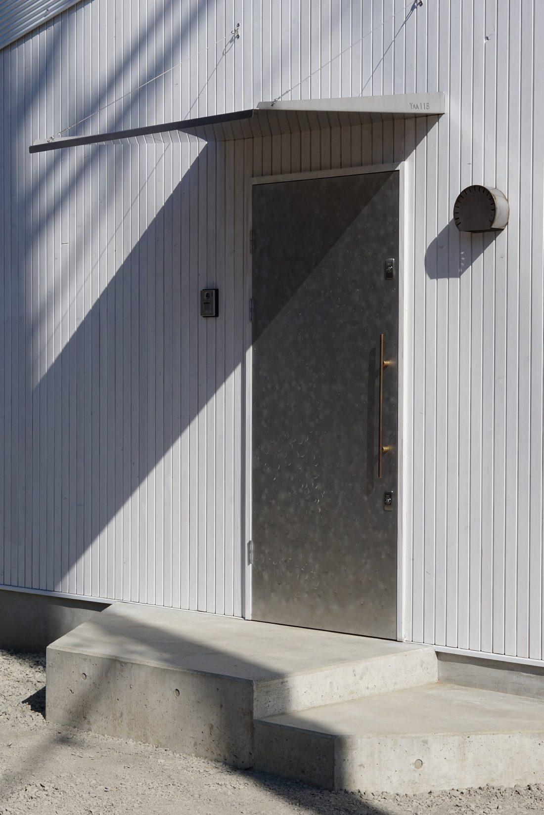 Дом под названием Pettanco в Японии от студии Yuji Tanabe Architects 23