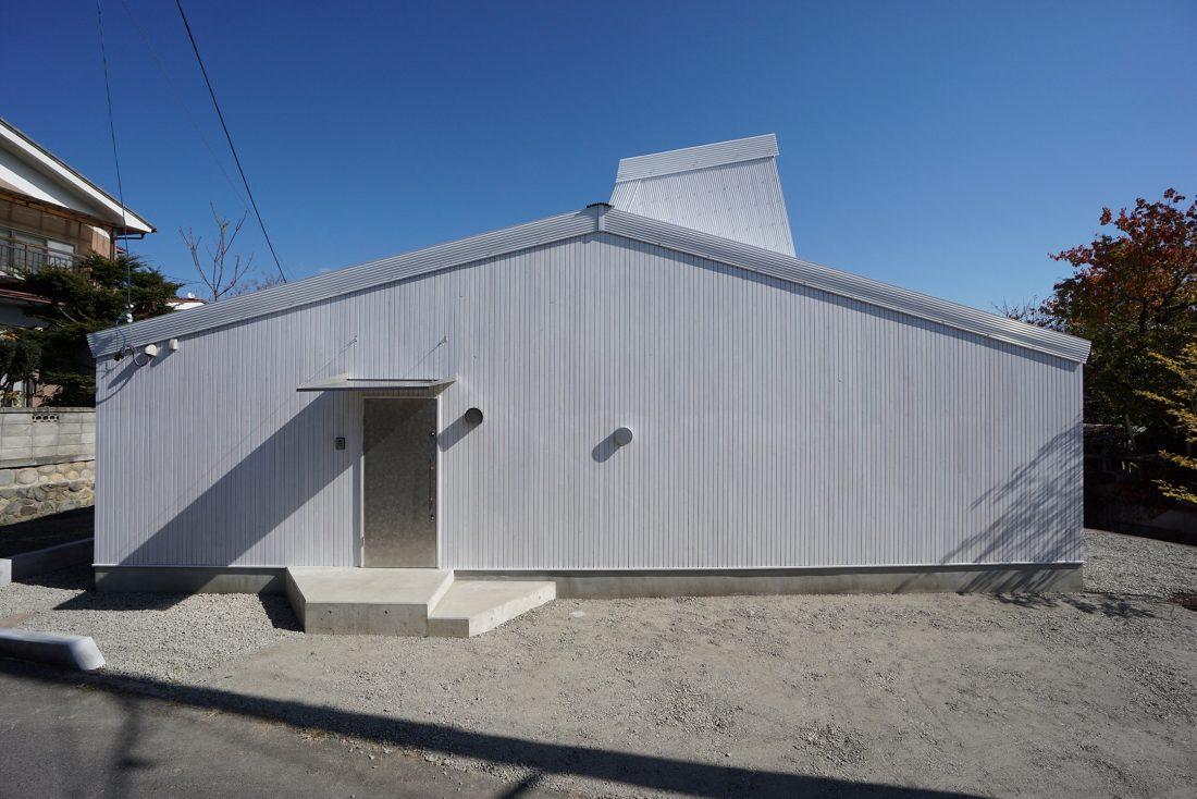 Дом под названием Pettanco в Японии от студии Yuji Tanabe Architects 25