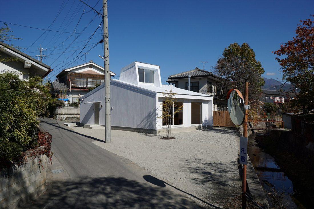 Дом под названием Pettanco в Японии от студии Yuji Tanabe Architects 3