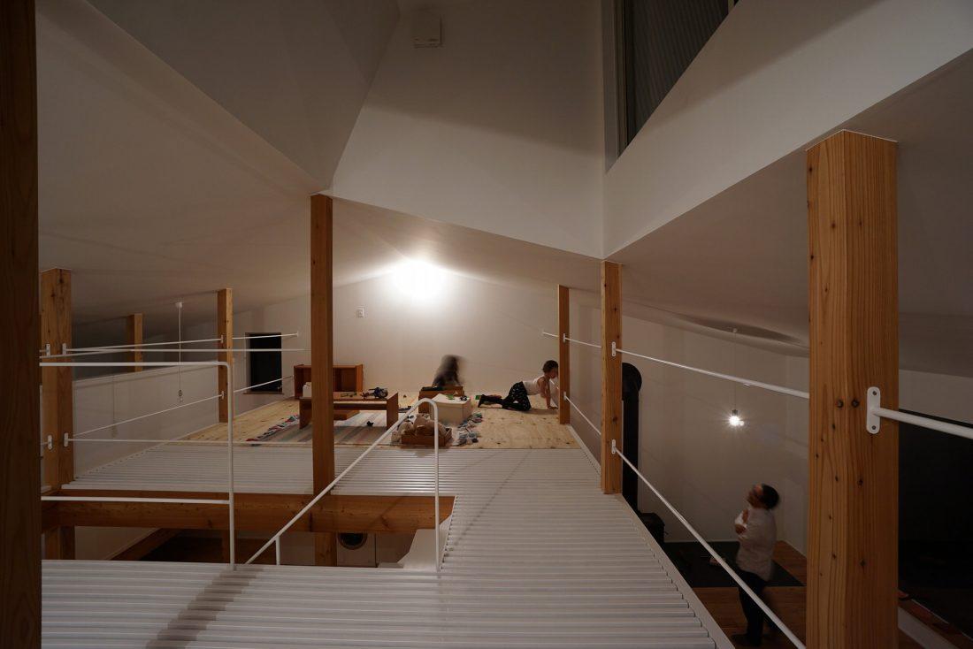 Дом под названием Pettanco в Японии от студии Yuji Tanabe Architects 7