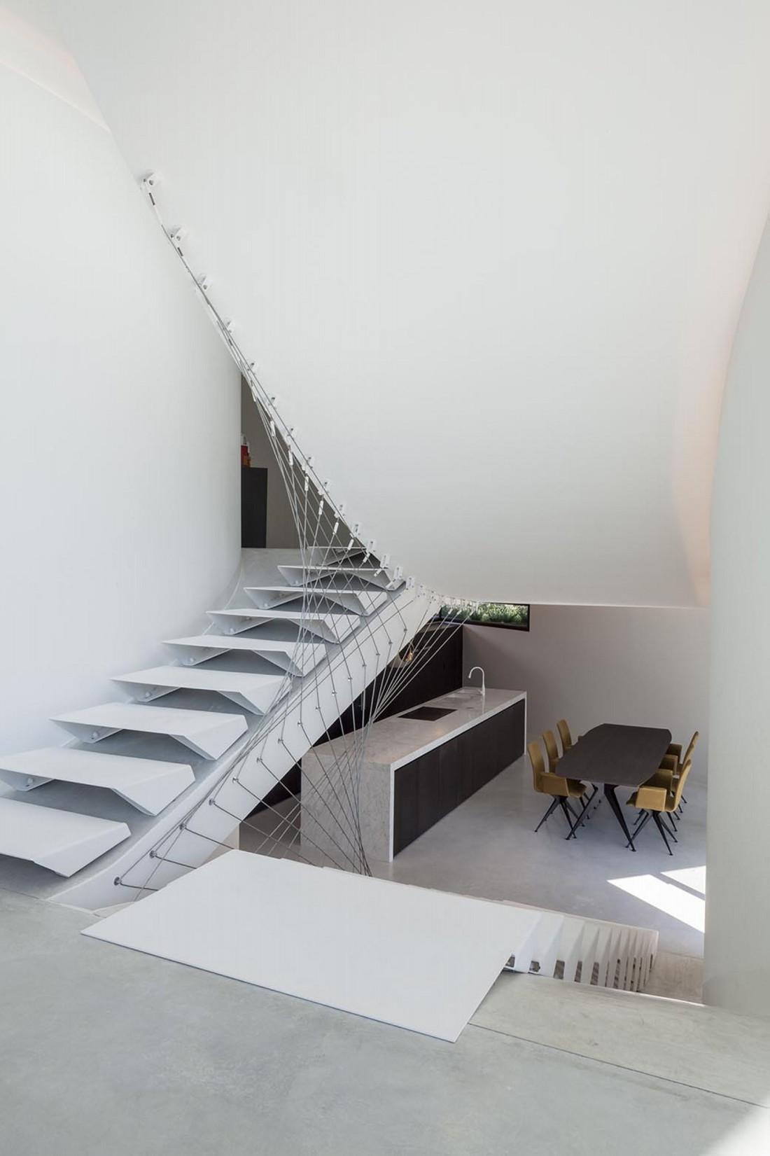 Футуристический дизайн виллы MQ в Бельгии от архитектурной студии Office O 14