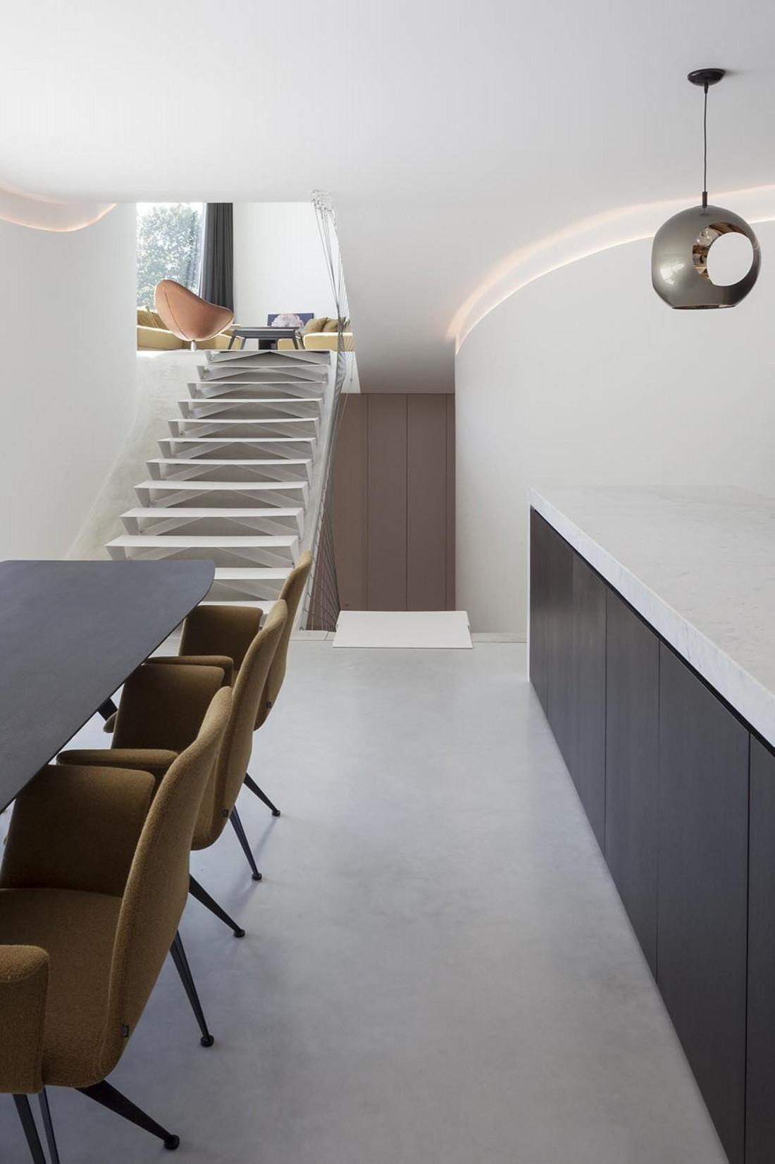Футуристический дизайн виллы MQ в Бельгии от архитектурной студии Office O 15