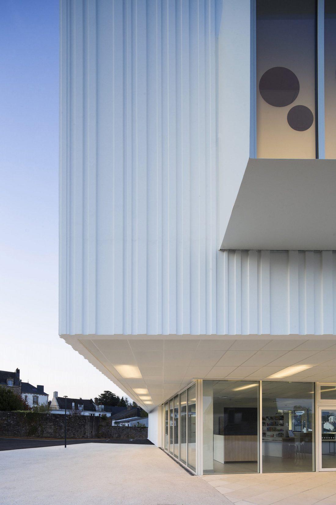 Культурный центр в Baud, Франция, от Studio 02 фото 7