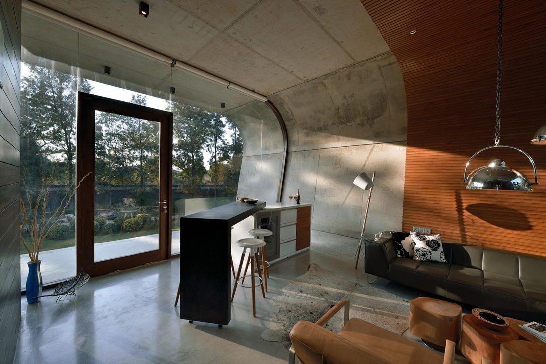 Необычный дом Pool House в Индии от студии 42mm Architecture 12