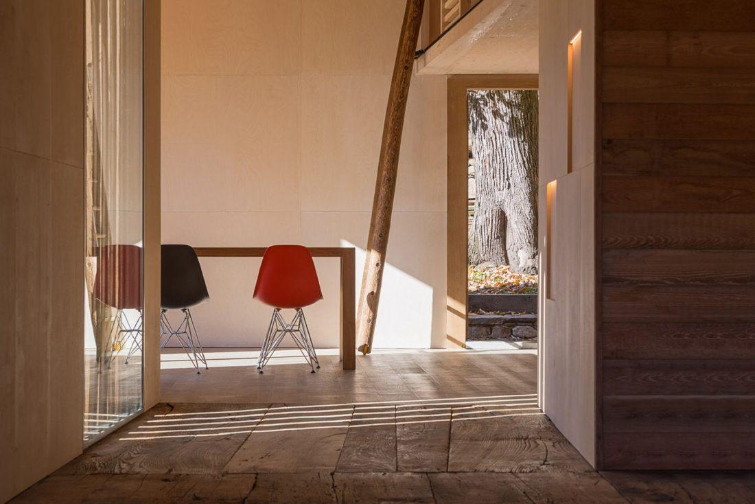 Реставрация старинного дома 16 века в Швейцарии по проекту Vudafieri Saverino Partners 16