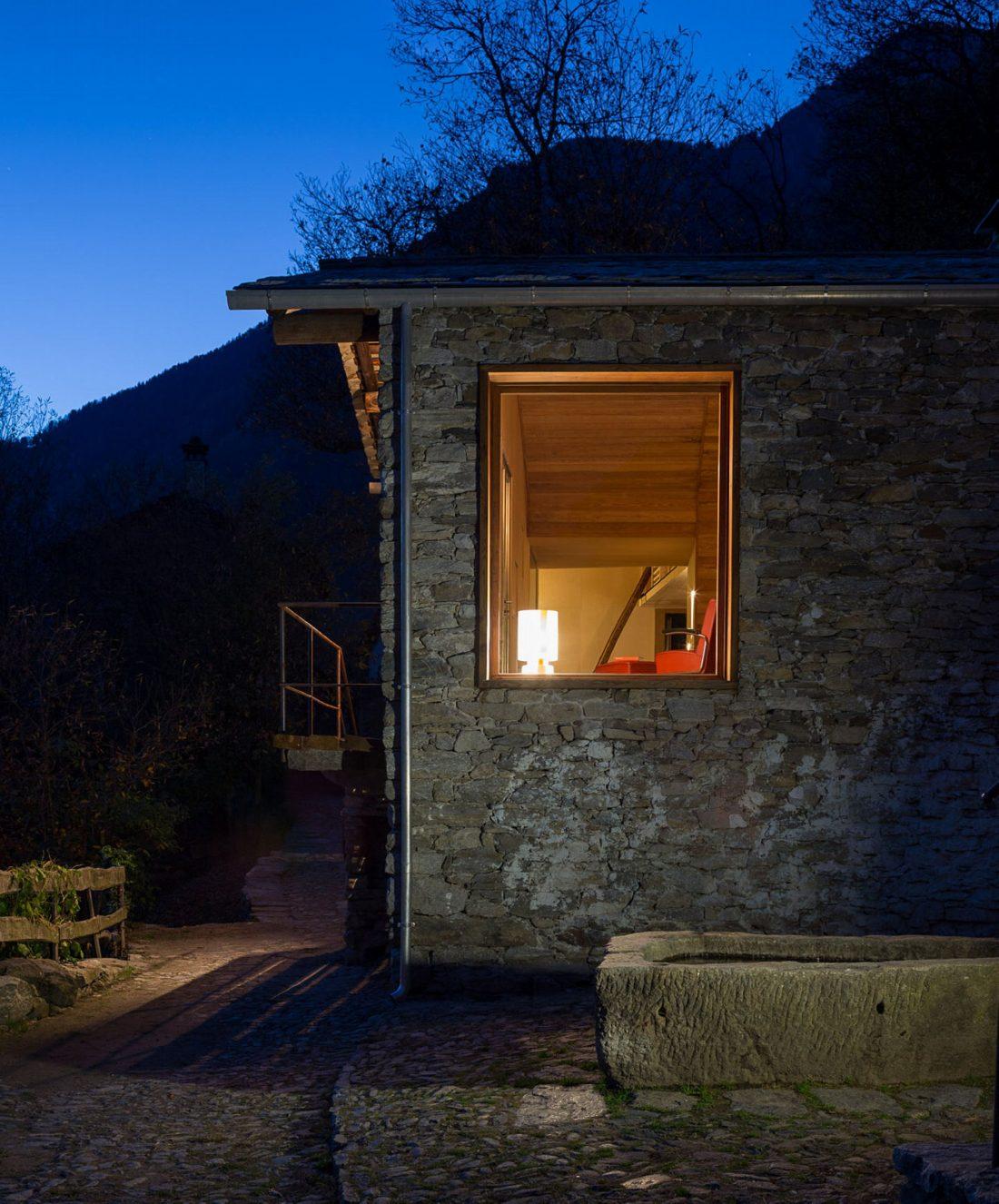 Реставрация старинного дома 16 века в Швейцарии по проекту Vudafieri Saverino Partners 6