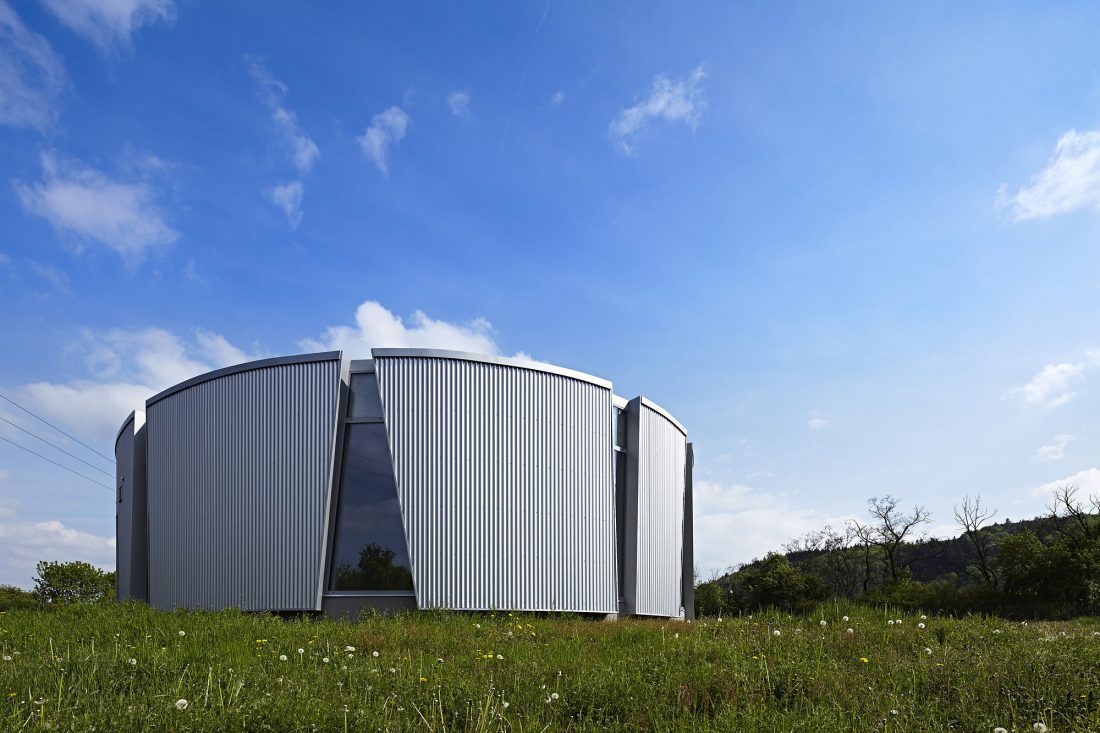 energoefektivnyj-semejnyj-dom-v-chehii-po-proektu-studii-saraa-1