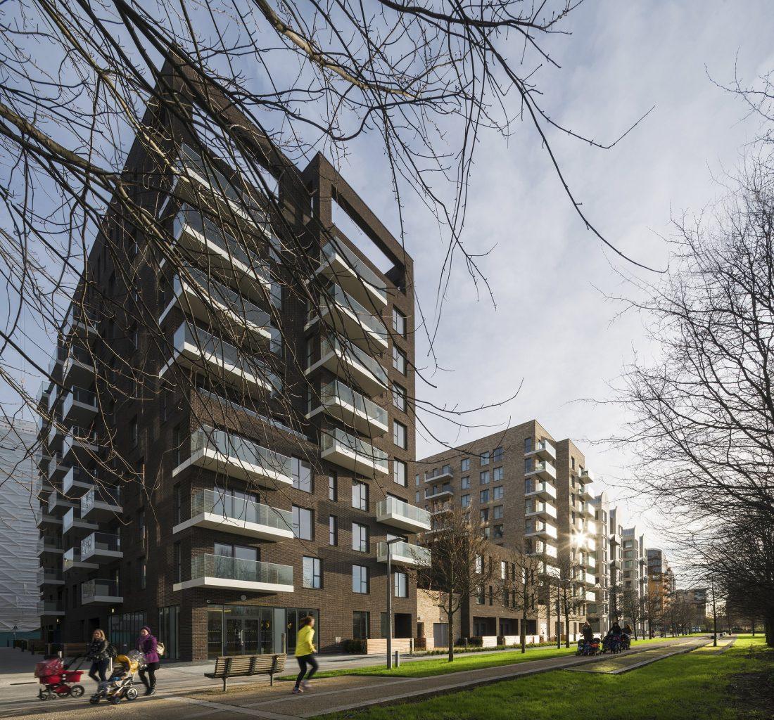 Жилой комплекс Greenwich Peninsula Riverside в Лондоне по проекту C.F. Moller 1