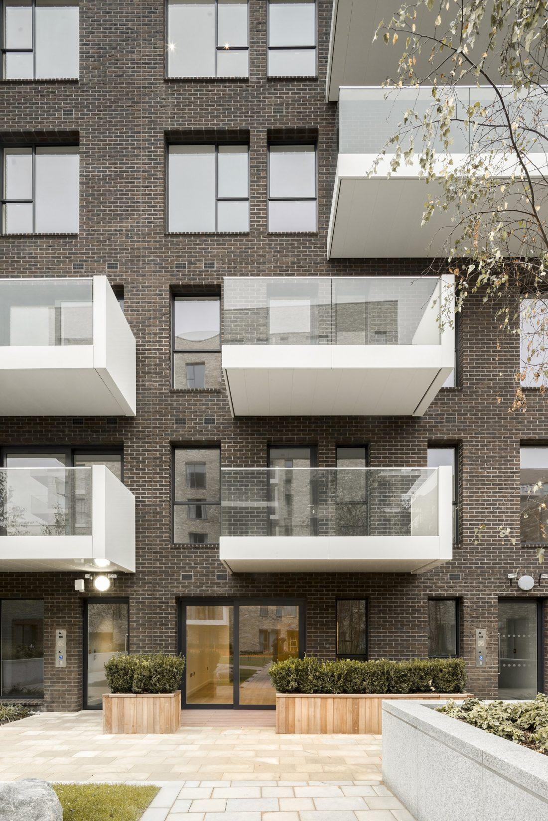 Жилой комплекс Greenwich Peninsula Riverside в Лондоне по проекту C.F. Moller 3