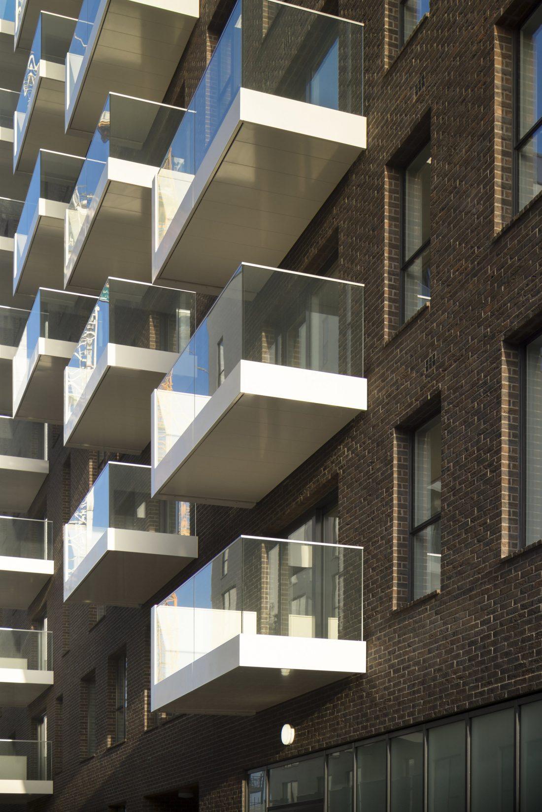 Жилой комплекс Greenwich Peninsula Riverside в Лондоне по проекту C.F. Moller 4