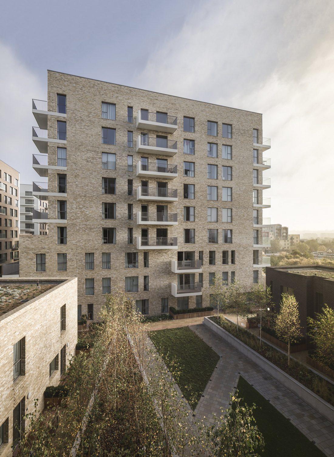 Жилой комплекс Greenwich Peninsula Riverside в Лондоне по проекту C.F. Moller 5