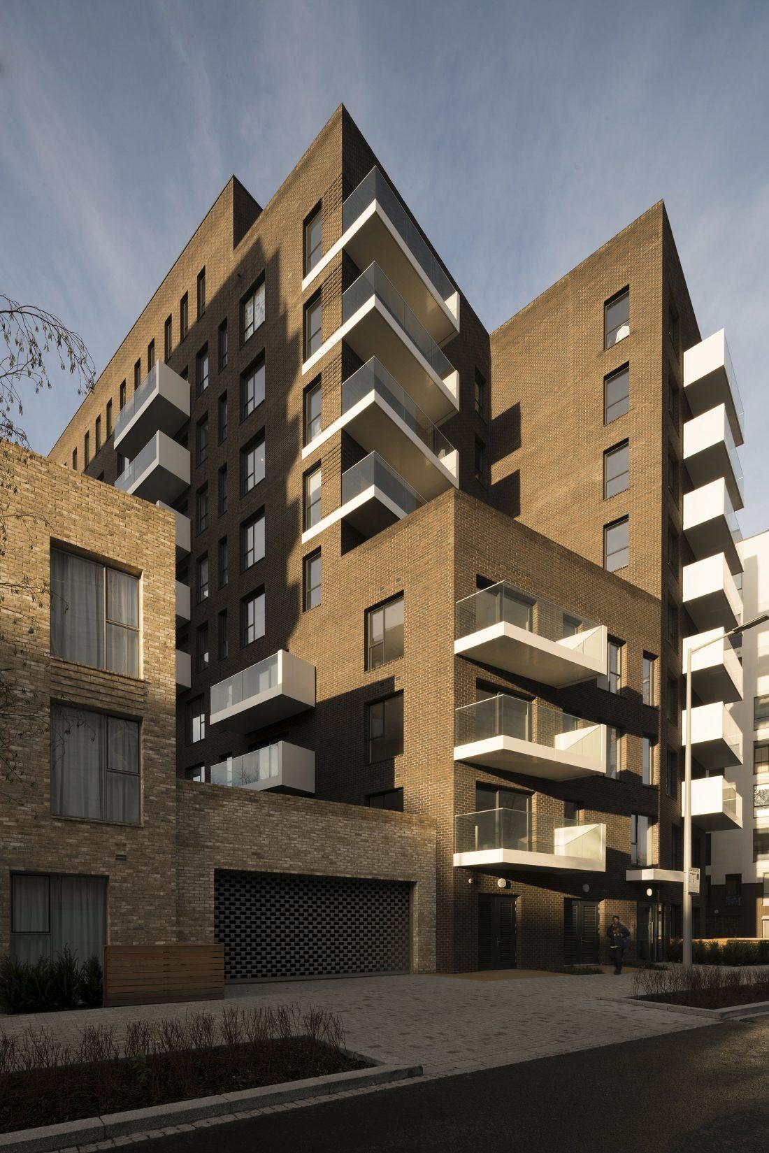 Жилой комплекс Greenwich Peninsula Riverside в Лондоне по проекту C.F. Moller 8