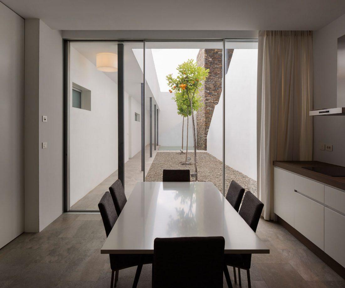 Дом El Meandro в Испании по проекту студии Marion Regitko 7