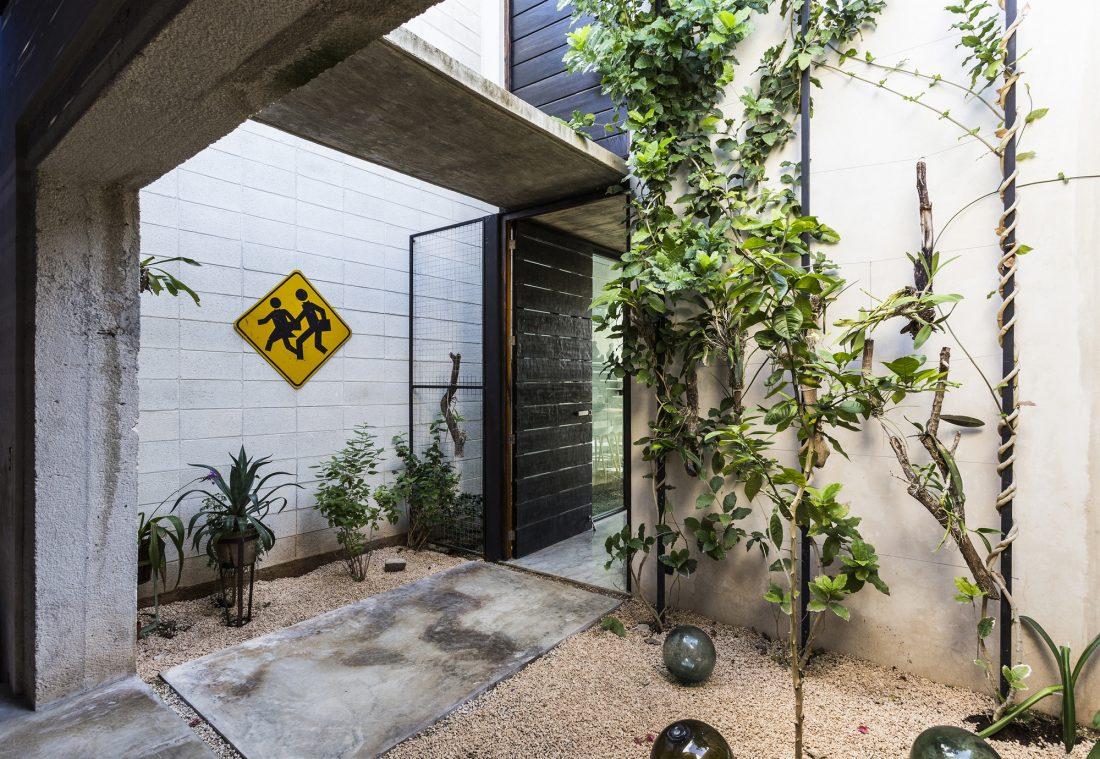 Обнаженный дом в Мексике от студии Taller Estilo Arquitectura 16