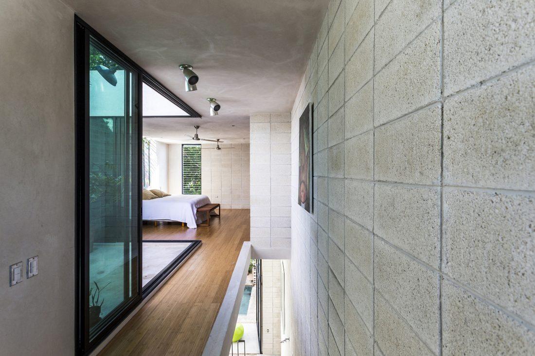 Обнаженный дом в Мексике от студии Taller Estilo Arquitectura 5