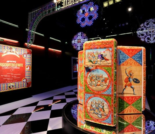 Новый модный холодильник от SMEG и Dolce Gabbana