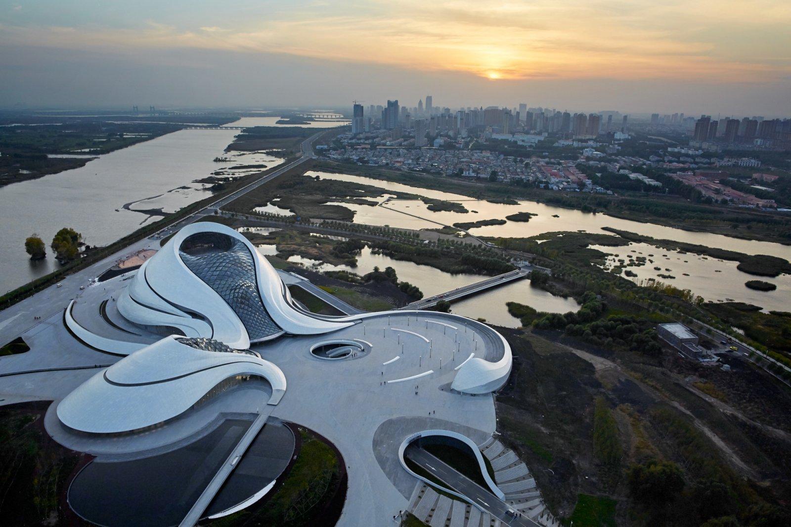 Уникальные новые здания 2017 спросил