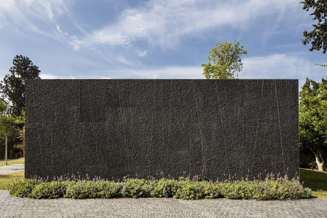 700-kvadratnyh-metrov-sveta-f-house-po-proektu-studii-pitsou-kedem-27