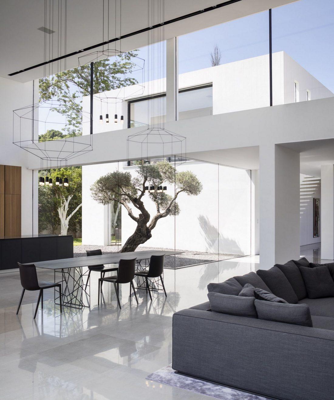 700-kvadratnyh-metrov-sveta-f-house-po-proektu-studii-pitsou-kedem-30