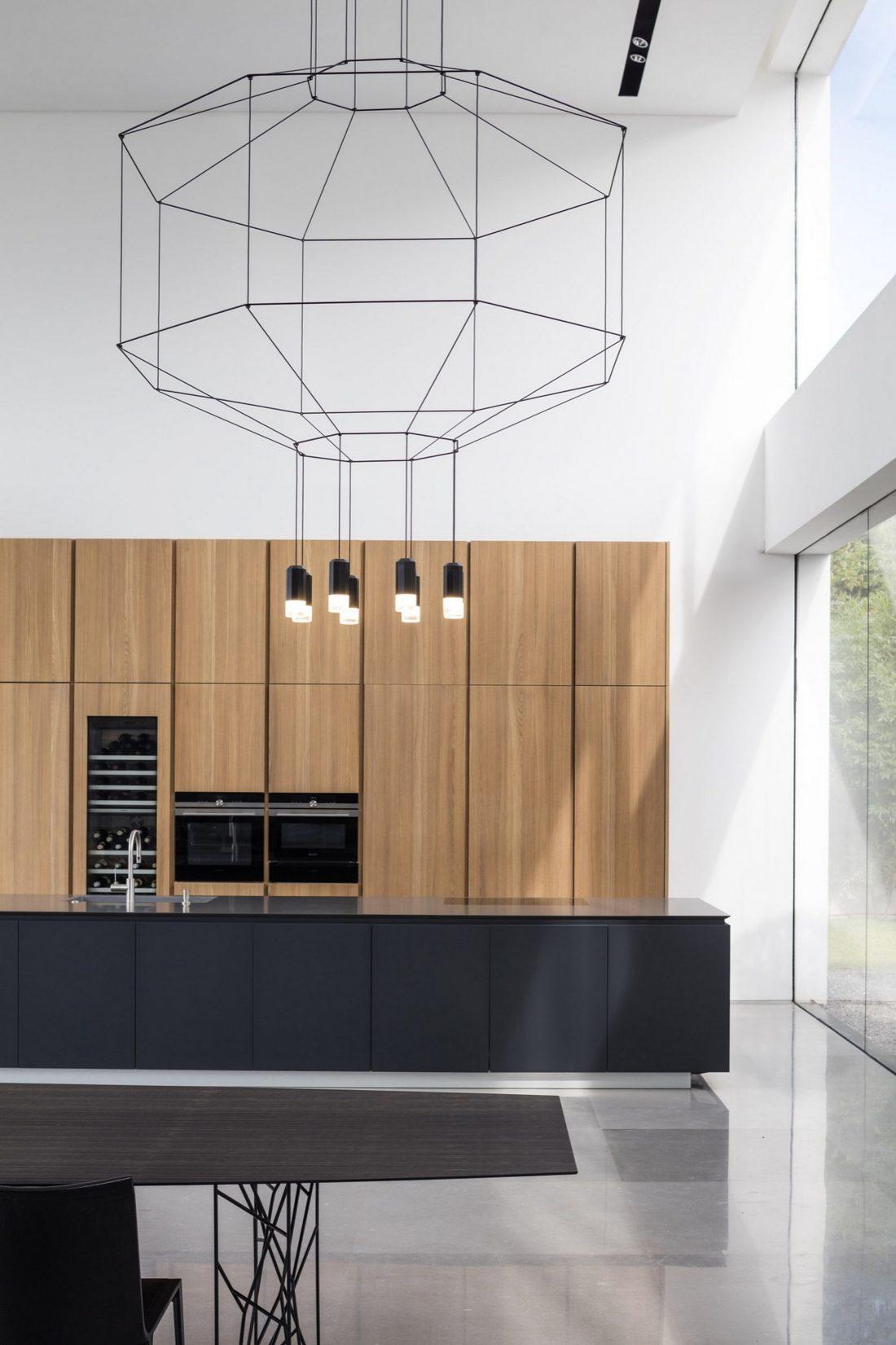 700-kvadratnyh-metrov-sveta-f-house-po-proektu-studii-pitsou-kedem-33
