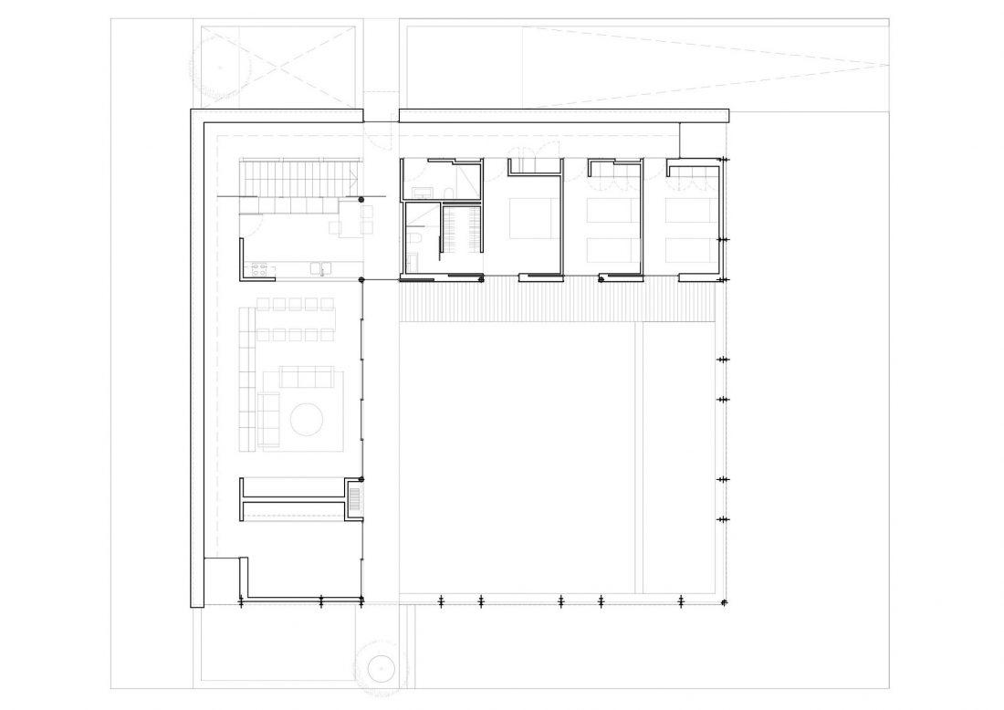 dom-pod-otkrytym-nebom-fotografii-interera-30