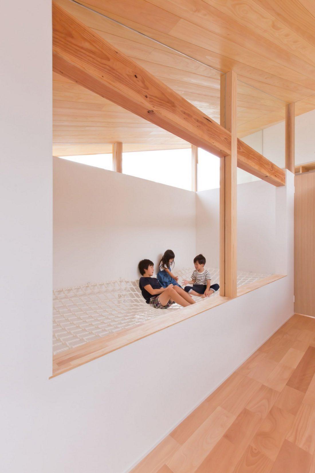 dom-v-stile-yaponskogo-minimalizma-v-kioto-proekt-alts-design-office-3