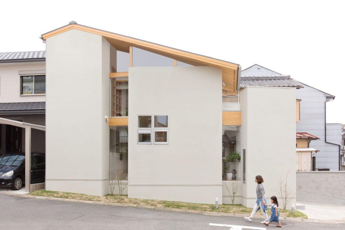 dom-v-stile-yaponskogo-minimalizma-v-kioto-proekt-alts-design-office-5