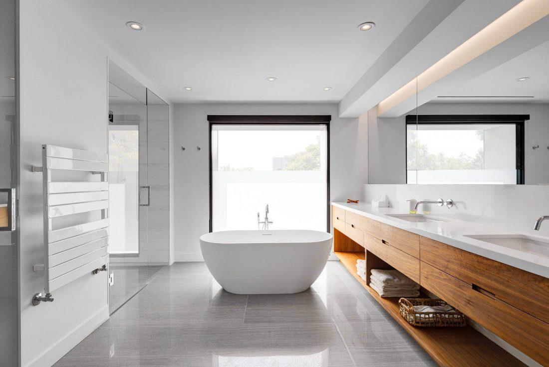 Стиль минимализм в интерьере ванной комнаты-11