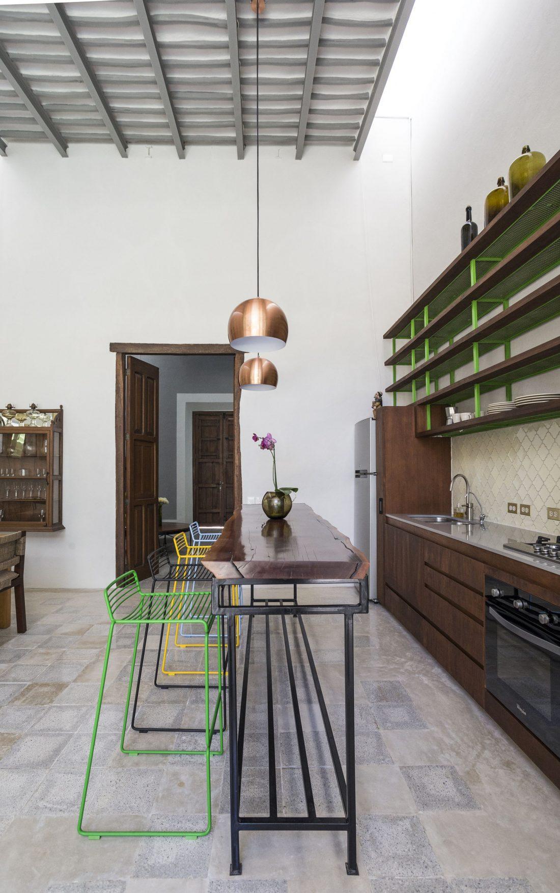 limonnyj-dom-v-meksike-fotografii-interera-12