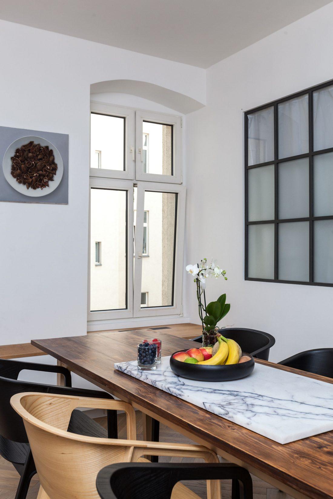 restavratsiya-staroj-kvartiry-v-berline-po-proektu-studii-itay-friedman-21