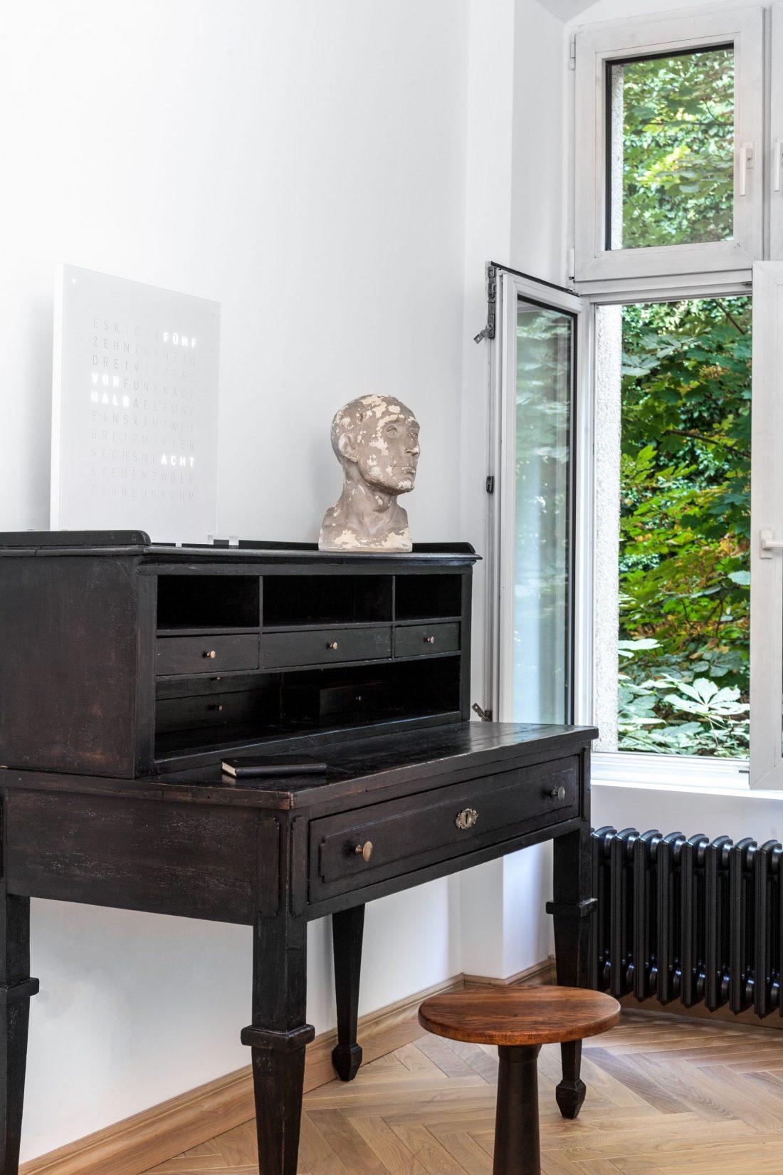 restavratsiya-staroj-kvartiry-v-berline-po-proektu-studii-itay-friedman-35