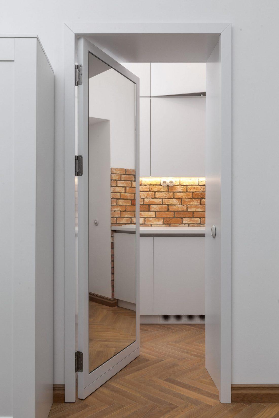 restavratsiya-staroj-kvartiry-v-berline-po-proektu-studii-itay-friedman-8