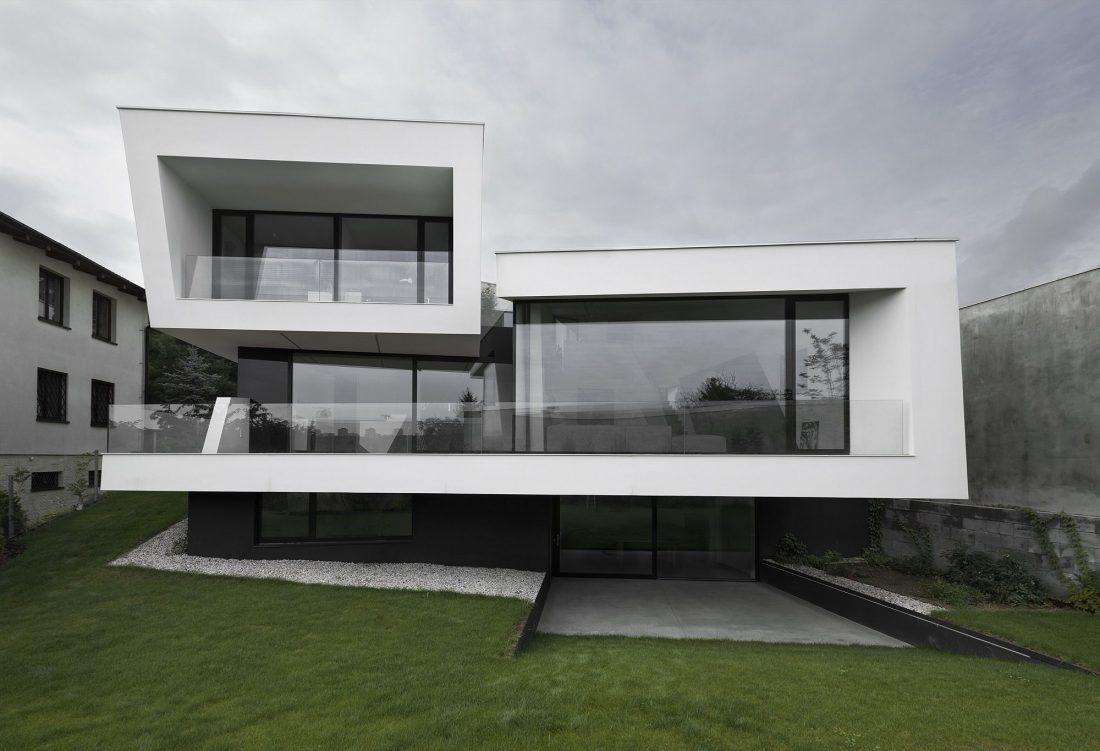 villa-z-v-chehii-v-monohromnom-stile-foto-interera-1