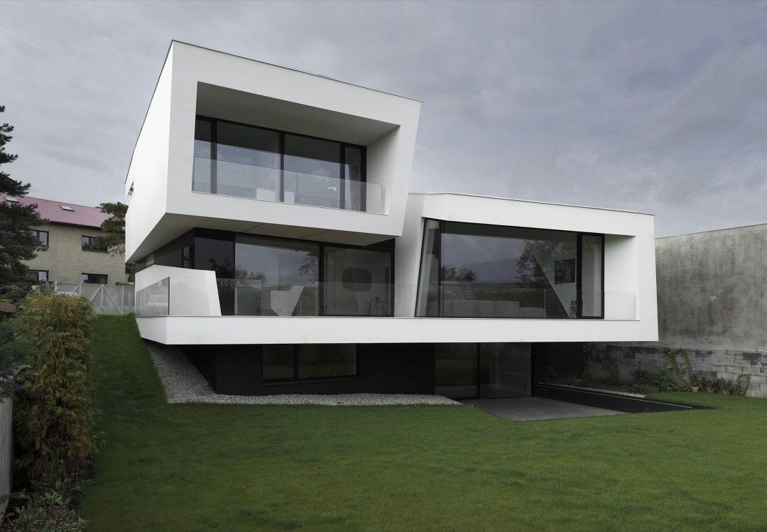 villa-z-v-chehii-v-monohromnom-stile-foto-interera-2