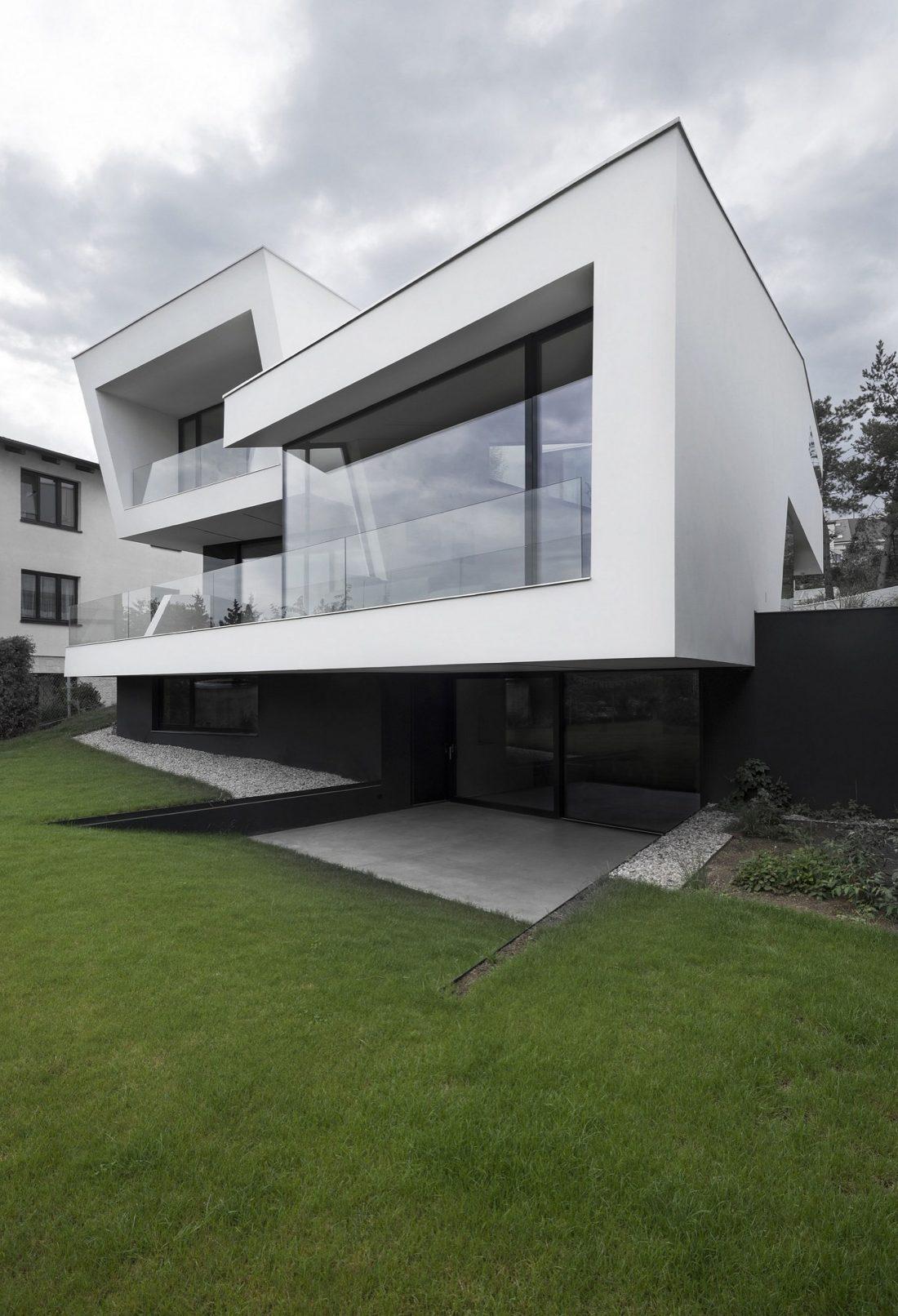 villa-z-v-chehii-v-monohromnom-stile-foto-interera-7