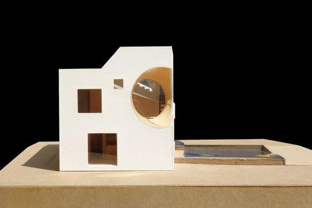 4d-gostevoj-dom-v-lesu-po-proektu-steven-holl-architects-10