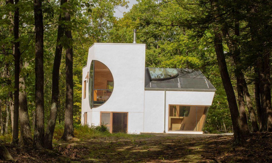 4d-gostevoj-dom-v-lesu-po-proektu-steven-holl-architects-19