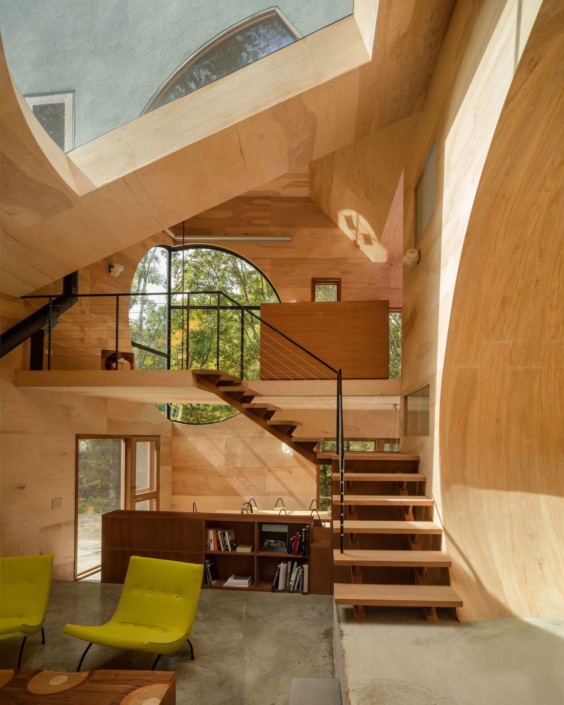 4d-gostevoj-dom-v-lesu-po-proektu-steven-holl-architects-25