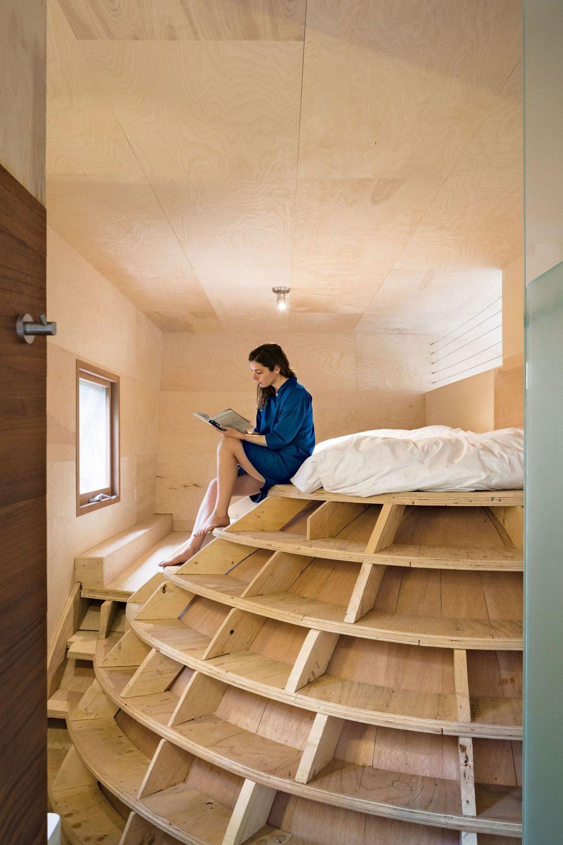 4d-gostevoj-dom-v-lesu-po-proektu-steven-holl-architects-7