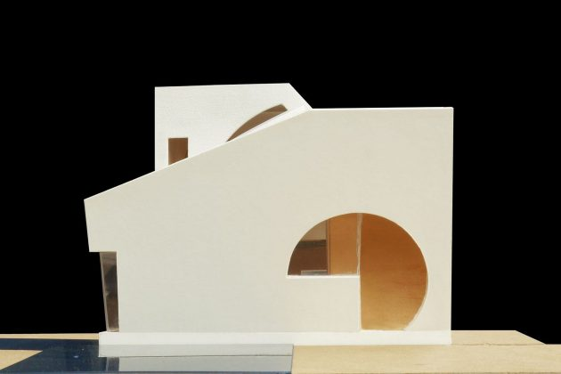 4d-gostevoj-dom-v-lesu-po-proektu-steven-holl-architects-9