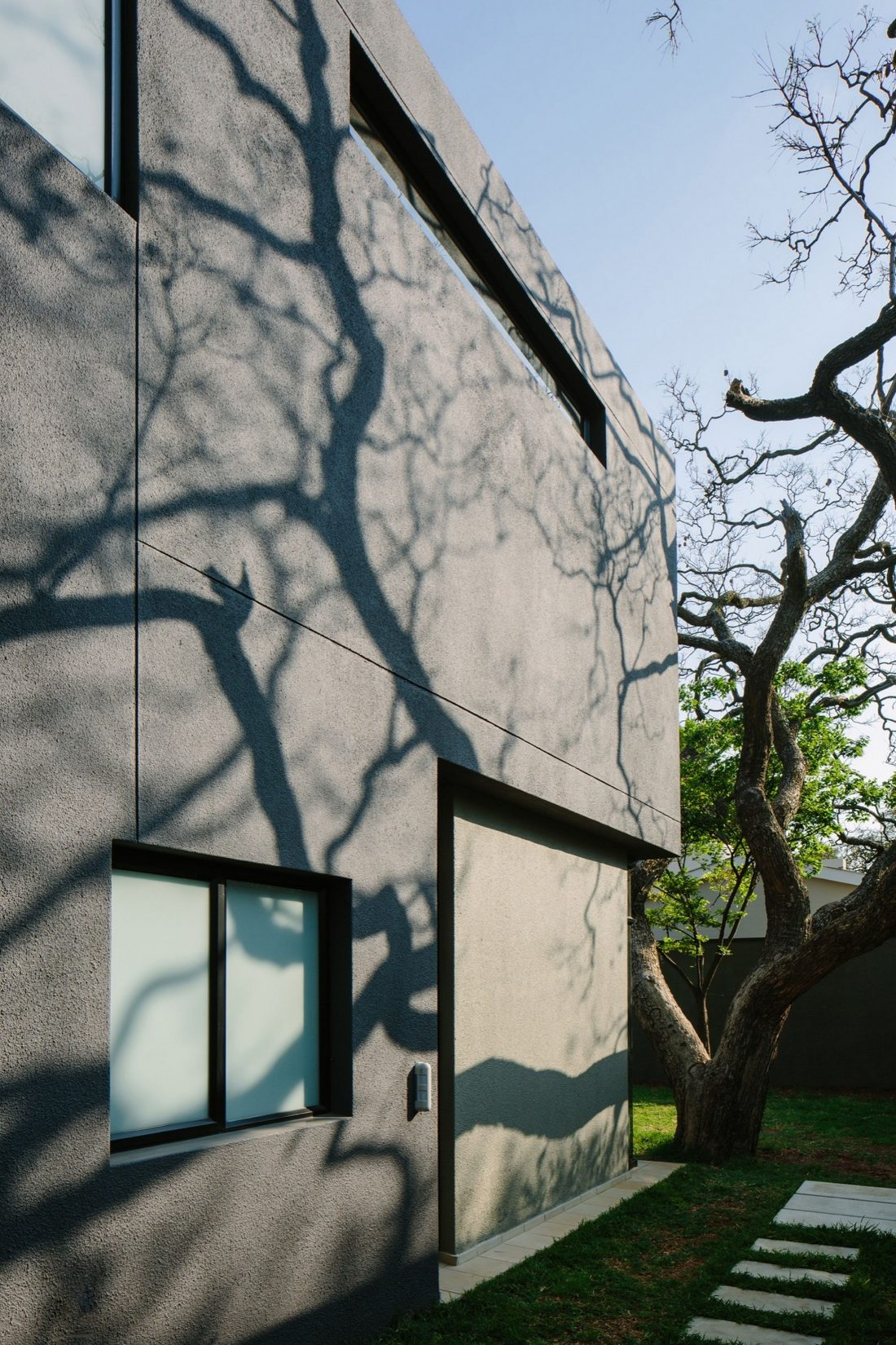 granitnyj-dom-komfortnoe-zhile-vysokaya-energoeffektivnost-5